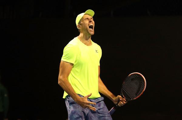 AUS Open: Карлович бьет рекорд турнира по эйсам и количеству геймов в 5-м сете