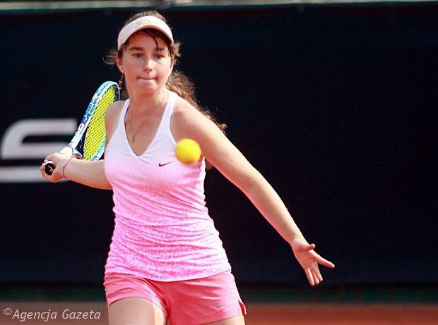 Снигур выигрывает титул на юношеском турнире ITF в Ташкенте
