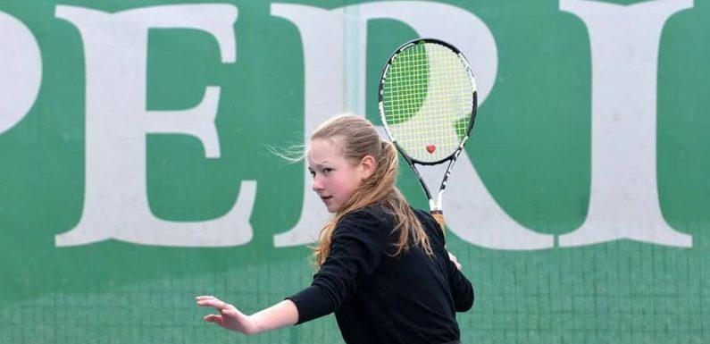 Костенко — во втором круге юношеского турнира в Рамат-Хашароне