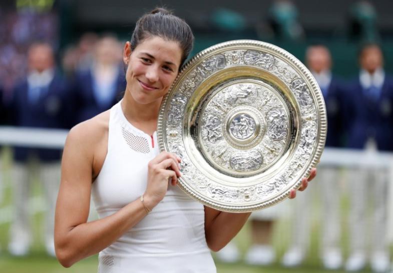 Мугуруса стала восьмой действующей теннисисткой, выигравшей больше одного «Шлема»