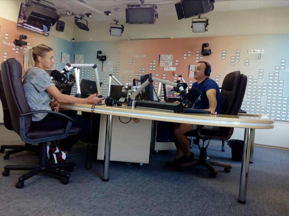 Леся Цуренко в гостях у радио-вести (видео)