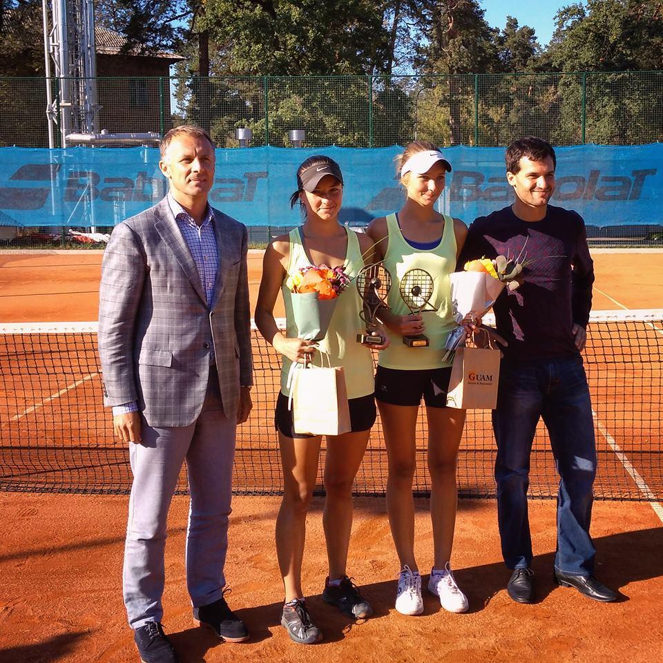 Киев. Сестры Колб выигрывают парный титул