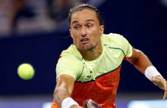 Долгополов: Играть с Федерером труднее всего