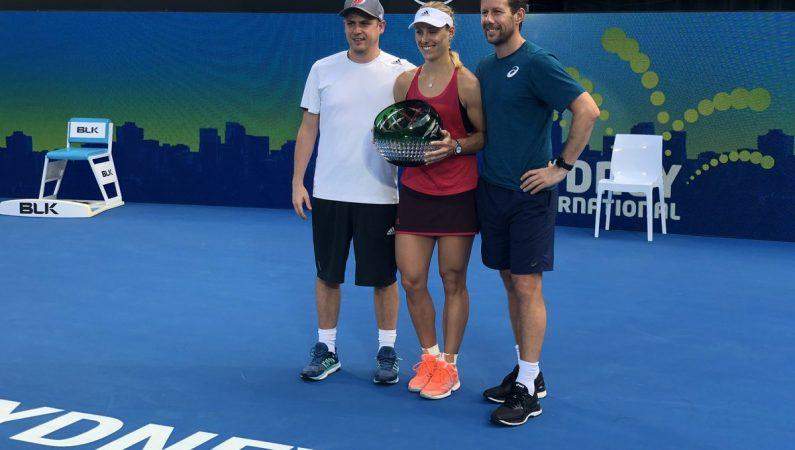 Кербер выигрывает турнир WTA в Сиднее