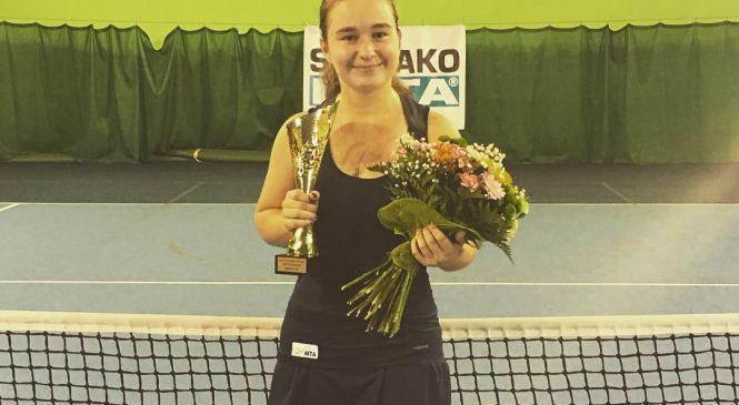 Снигур и Шумейко выигрывают титулы на турнире в Сенце