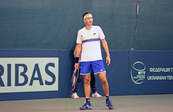 Стаховский снялся с турнира ATP в Софии