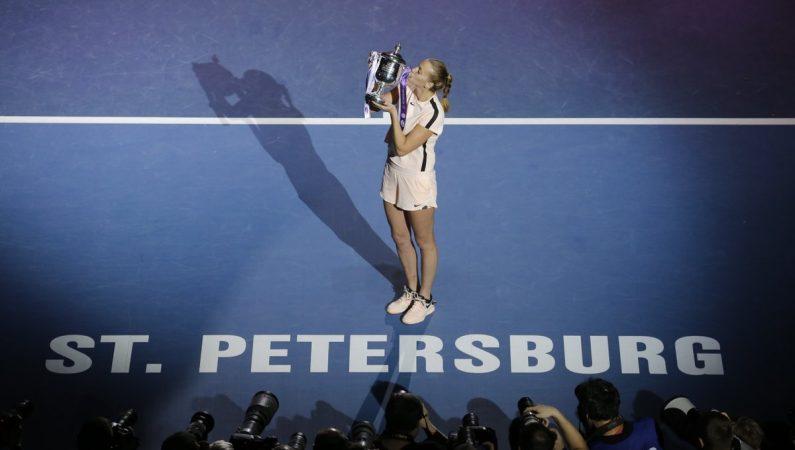 Квитова выигрывает титул в Санкт-Петербурге