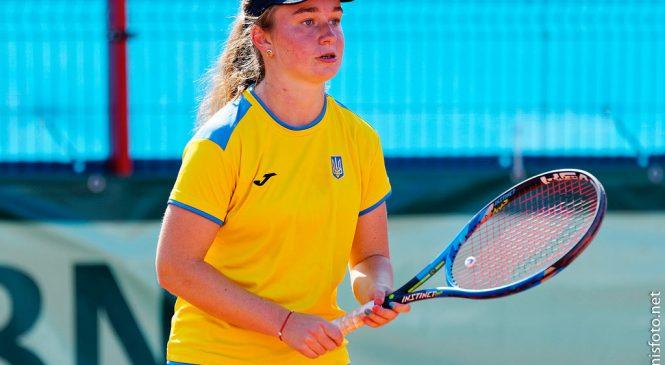 Снигур — в полуфинале крупного юношеского турнира во Франции