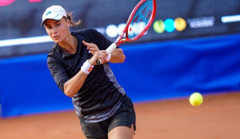 Ангелина Калинина выходит во второй круг турнира в Конкорде