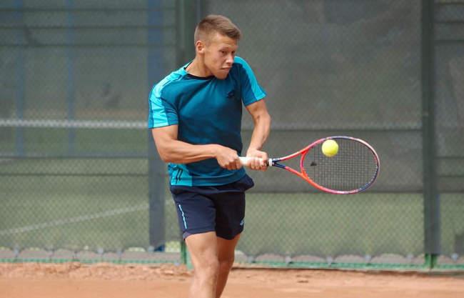 Никита Маштаков выходит в четвертьфинал фьючерса в Ираклионе