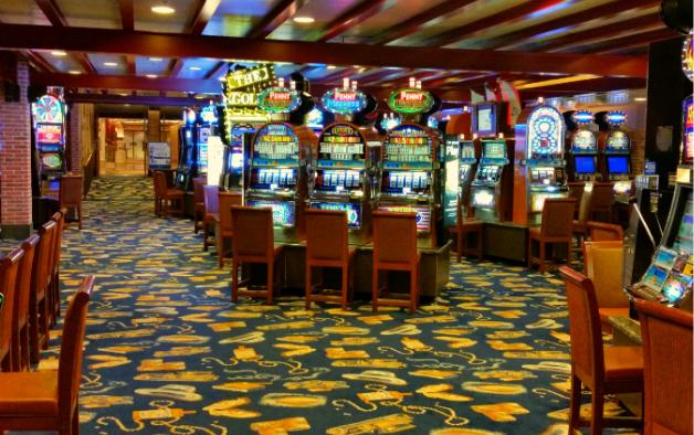 Чем приманивает посетителей казино Mayak Princess в Минске