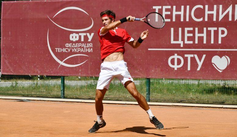 Орлов выходит в четвертьфинал фьючерса в Дарвине