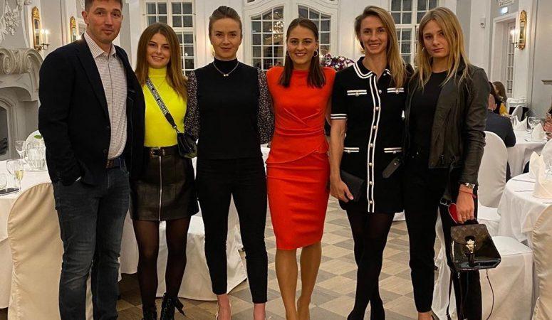 Элина Свитолина поделилась фотографией сборной с официального ужина