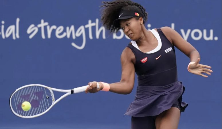 Наоми Осака взяла свое слово обратно и решила сыграть полуфинал в Нью-Йорке
