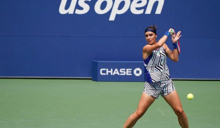 Ангелина Калинина успешно стартовала на турнире в Сен-Мало
